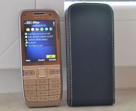 Nokia E52 złota + ładowarka + kabel USB