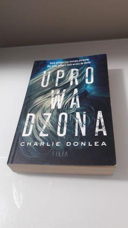 Uprowadzona - Charlie Donlea / thriller