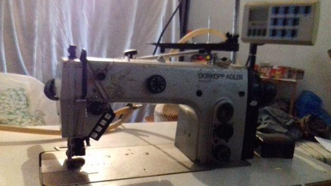Máquina de Costura Durkopp Adler 272