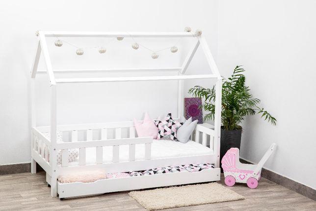Dziecięce łóżko w kształcie DOMKU z barierka i materacem