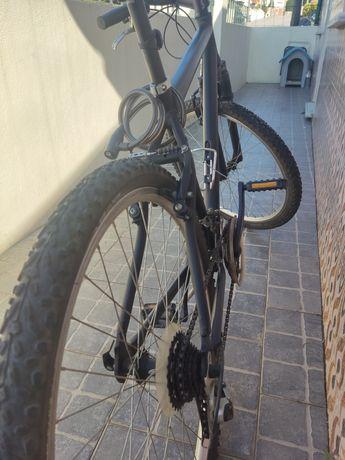 Vendo bicicleta usada em bom estado