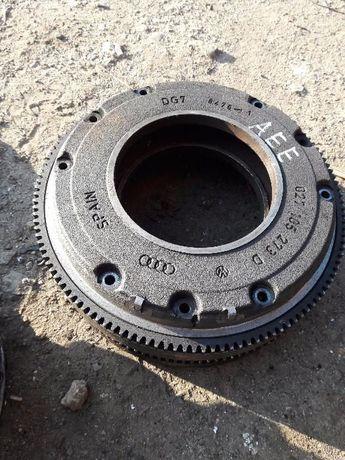 Маховик сцепление зчеплення Skoda Octavia Tour корзина диск