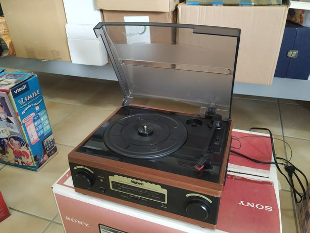 Gira discos e rádio