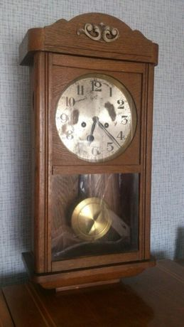 Продам антикварные настенные часы GUSTAV BECKER