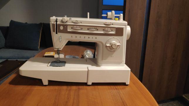Maszyna do szycia ŁUCZNIK 884 NOWA