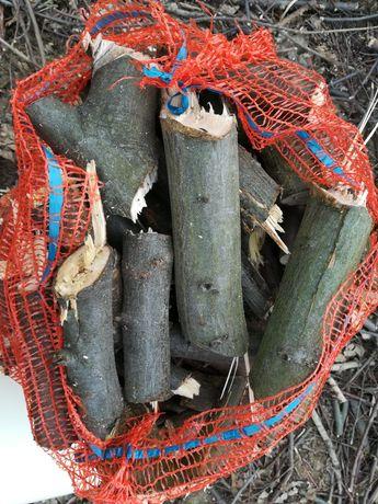 Drewno liściaste mieszane rąbane worki na rozpałke kominek transportu