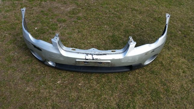 Zderzak przód przedni Subaru Outback III