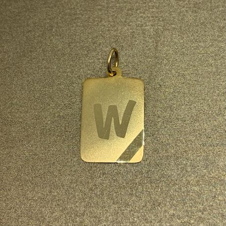 """Złota zawieszka blaszka z literą """"W"""" 585"""