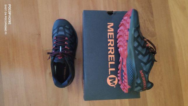 Nike Odyssey React + Merrell Agility Peak Flex 3