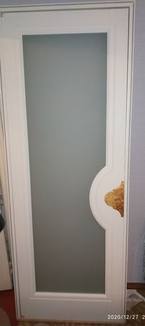 Продам двери сделанные на заказ из дуба