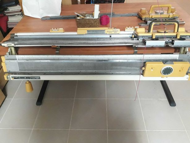 Máquina de tricotar Empisal 600