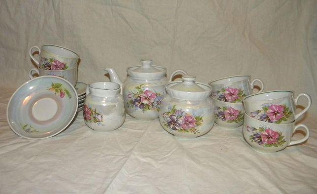 Сервіз чайний перламутровий з квіточками / Сервиз чайный