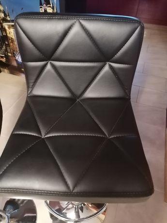 Krzesla barowe hokery