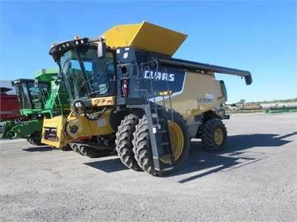 Комбайн зерноуборочный Claas CAT Lexion 750 (2011)