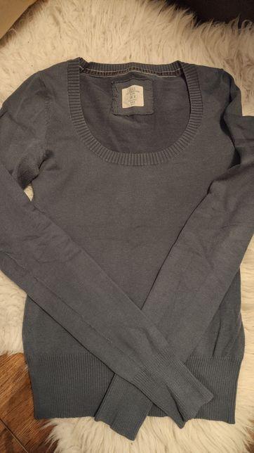 Sweterek niebieski H&M
