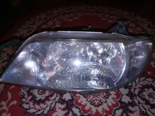 Reflektory / lampy przednie mazda 323 f BJ