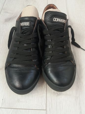 Обувь на подростка кожанная.Мокасины.Кеды.Кроссовки