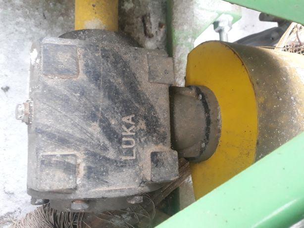 Продам: Фризу на трактор