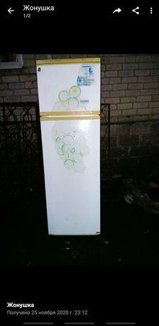 Холодильник бу в рабочем состоянии