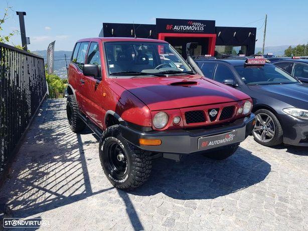 Nissan Terrano II 2.7 SLX