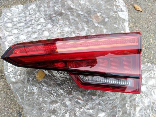 Правый задний внутренний фонарь Audi a4 b9 2016-2019 8W5945094A