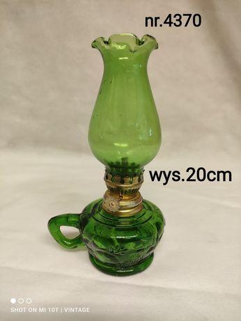 Szklana zielona lampka naftowa nr.4370