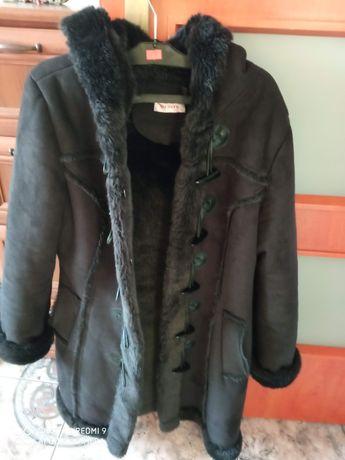 Płaszczyk , kożuszek czarny Orsay M