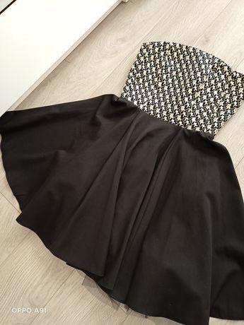 Sukienka czarna S.