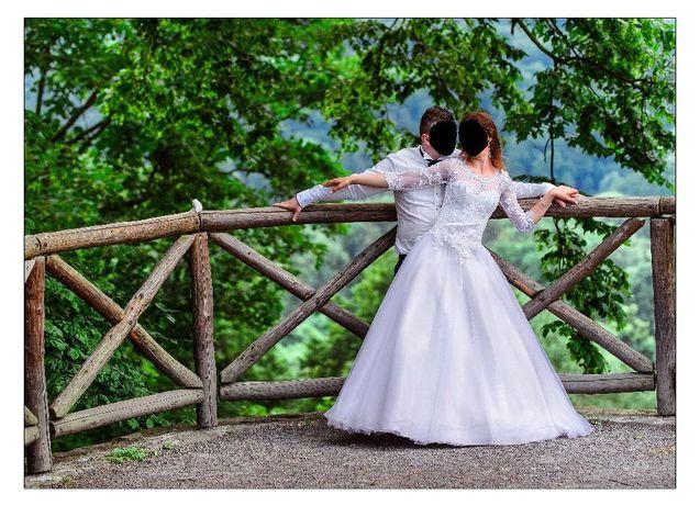 Suknia ślubna typu princessa