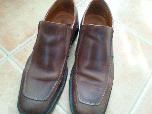 Sapatos de homem castanho 42
