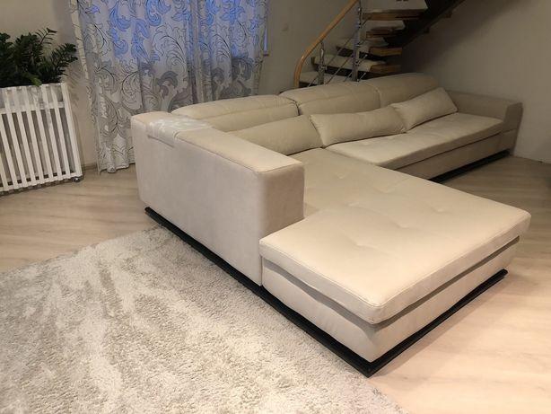 Продам диван угловой