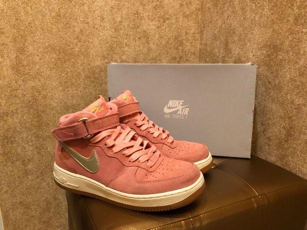 Кроссовки Nike Air Force 1. Оригинал, женские.
