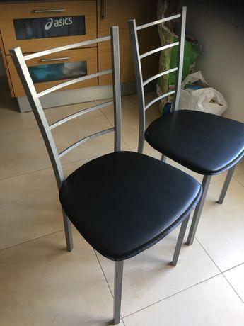 Cadeiras de cozinha em excelente estado