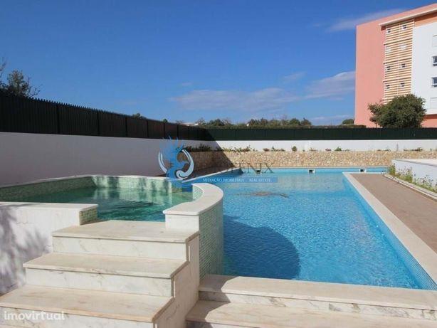 Apartamento T2 com piscina- Quinta dos Arcos/ Armação de Pêra