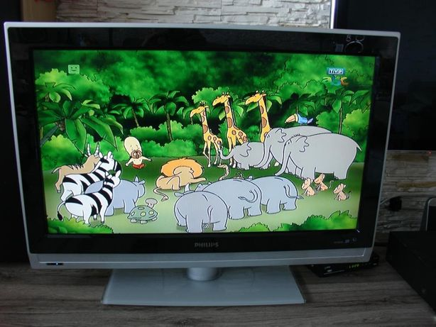 Tv Lcd panoramiczny 81 cm 32 cale marki Philips HD Pixel Plus