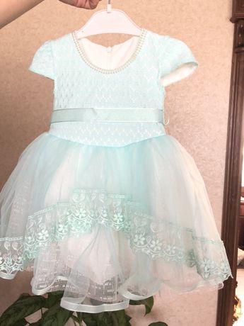 Продам платье на девочку 12-18 мес