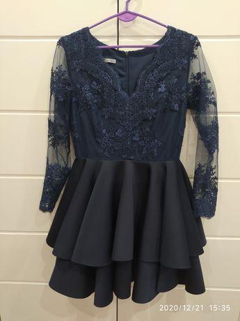 Sukienka granatowa 38 koronka rozkloszowana