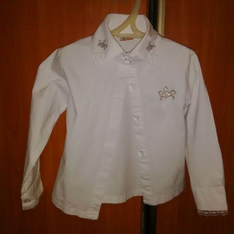 Блузка белая на девочку 4-5 лет, на рост 104-110 см