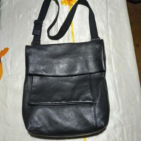 Мужская очень большая кожаная сумка Oska. Размер 44~40~12 см