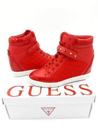 Oryginalne buty Guess na koturnie 39