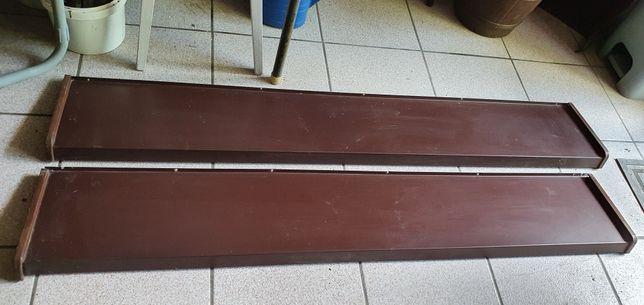 Parapet zewnętrzny stalowy pomalowany brazowy.140x23 i 145x23. 2sztuki