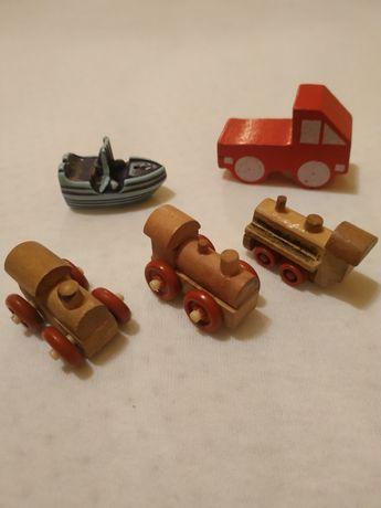 Іграшки з кіндерів