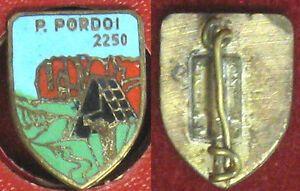 R PORDOI 2250 Milano Labor Значек