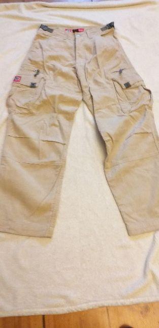 Spodnie bojówki firmy Diabolo, sztruks, M
