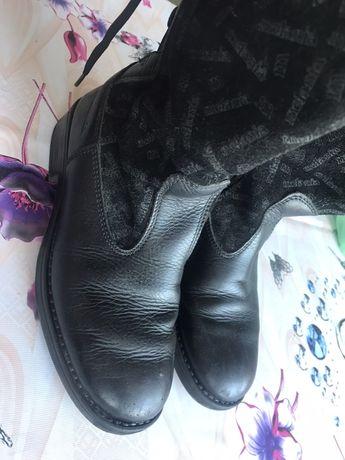 Сапоги кожаные, 32 размер в хорошем состоянии.