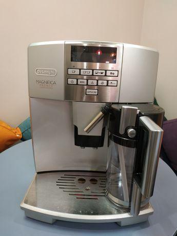 Кофеварка, кофемашина Delonghi Magnifica ESAM 04.350.S+ Новый стакан