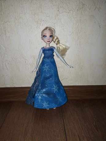 Śpiewająca lalka Elsa