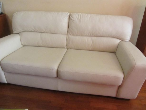 Vendo sofa pele sintetica de 3 lugares