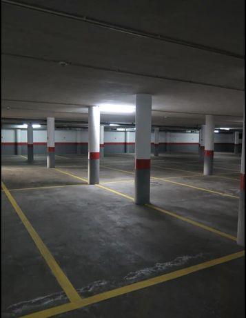 Último lugar de garagem - centro Trofa