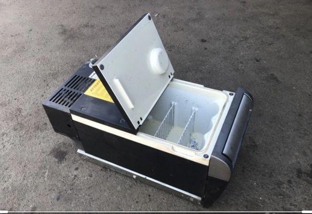 Холодильник ДАФ 105
